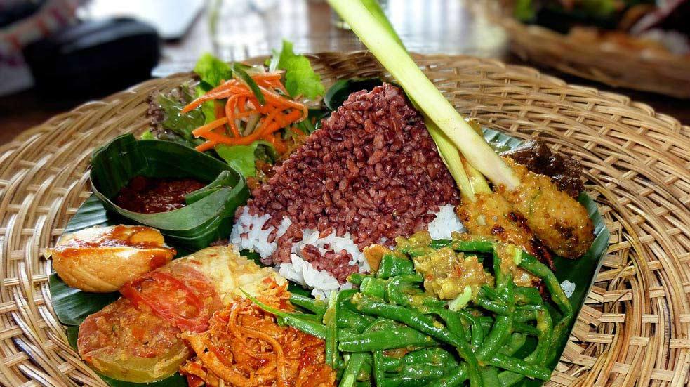 Jedlo A Pitie Na Bali