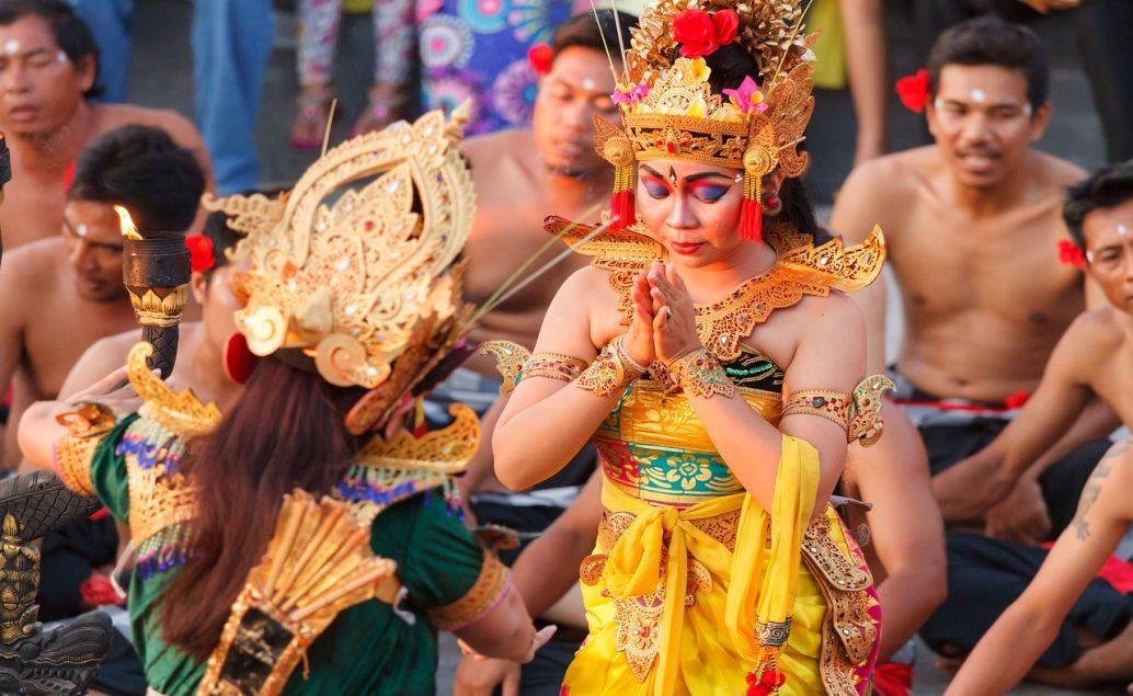 Púšte a pralesy Austrálie a relax na Bali
